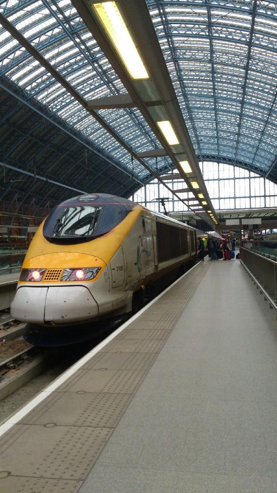 Евростар на вокзале в Лондоне