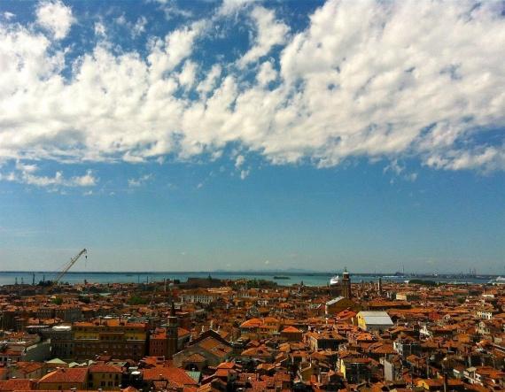 Вид, который открывается на Венецию с колокольни Сан Марко