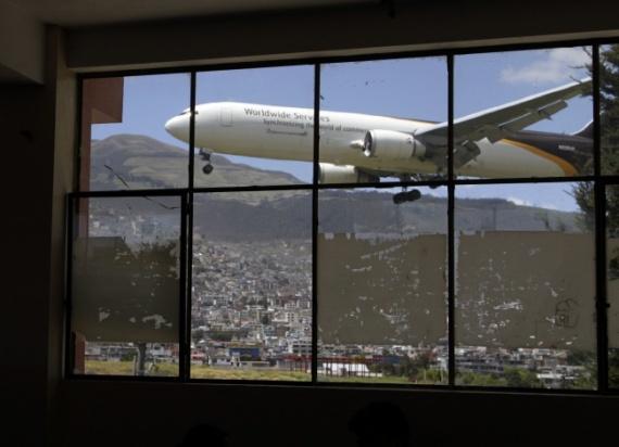 Аэропорт Mariscal Sucre, Куито, Эквадор