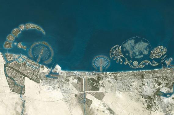 The Universe и Dubai Waterfront